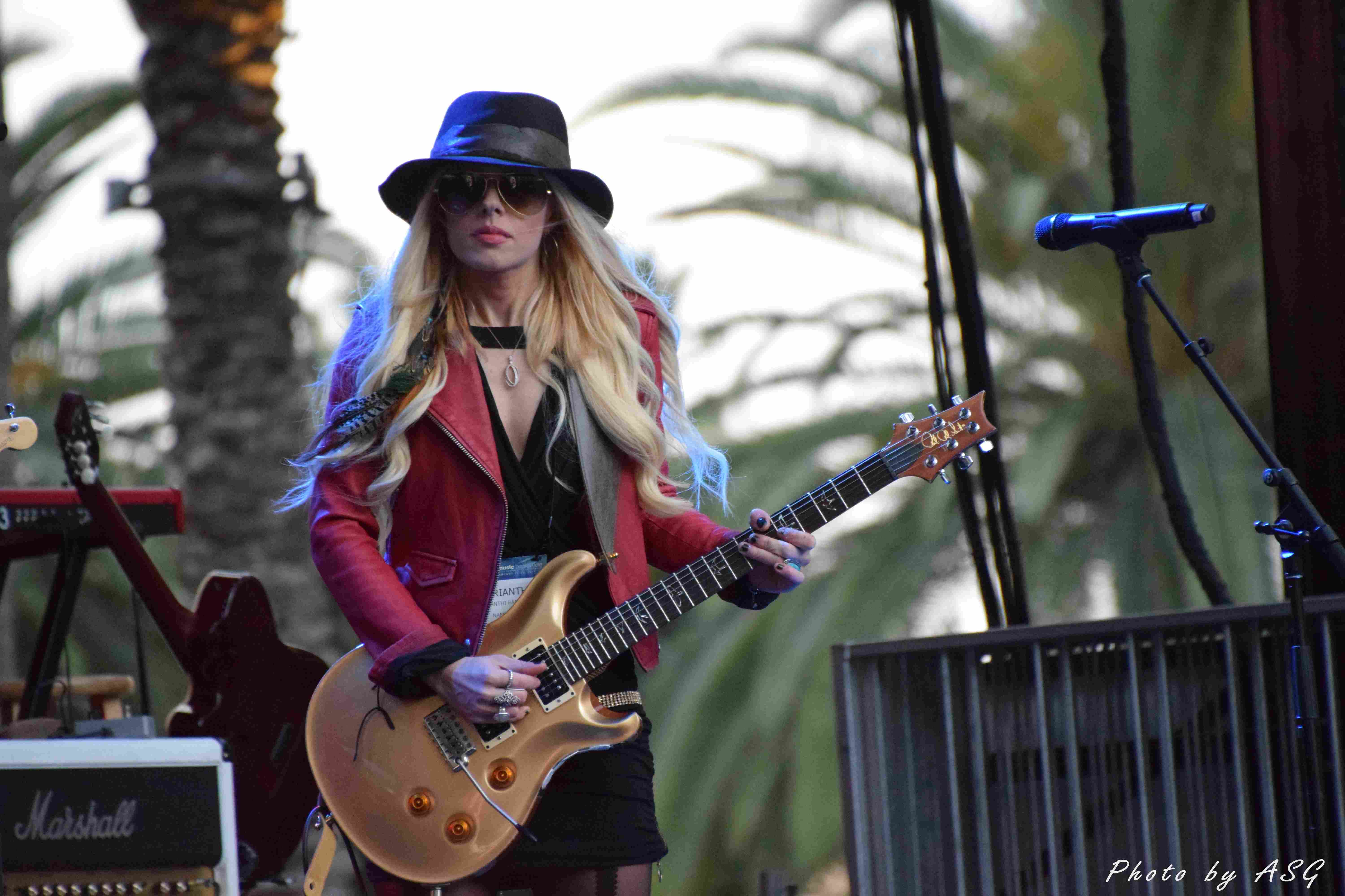 She Can Play The Gutar Can Orianthi