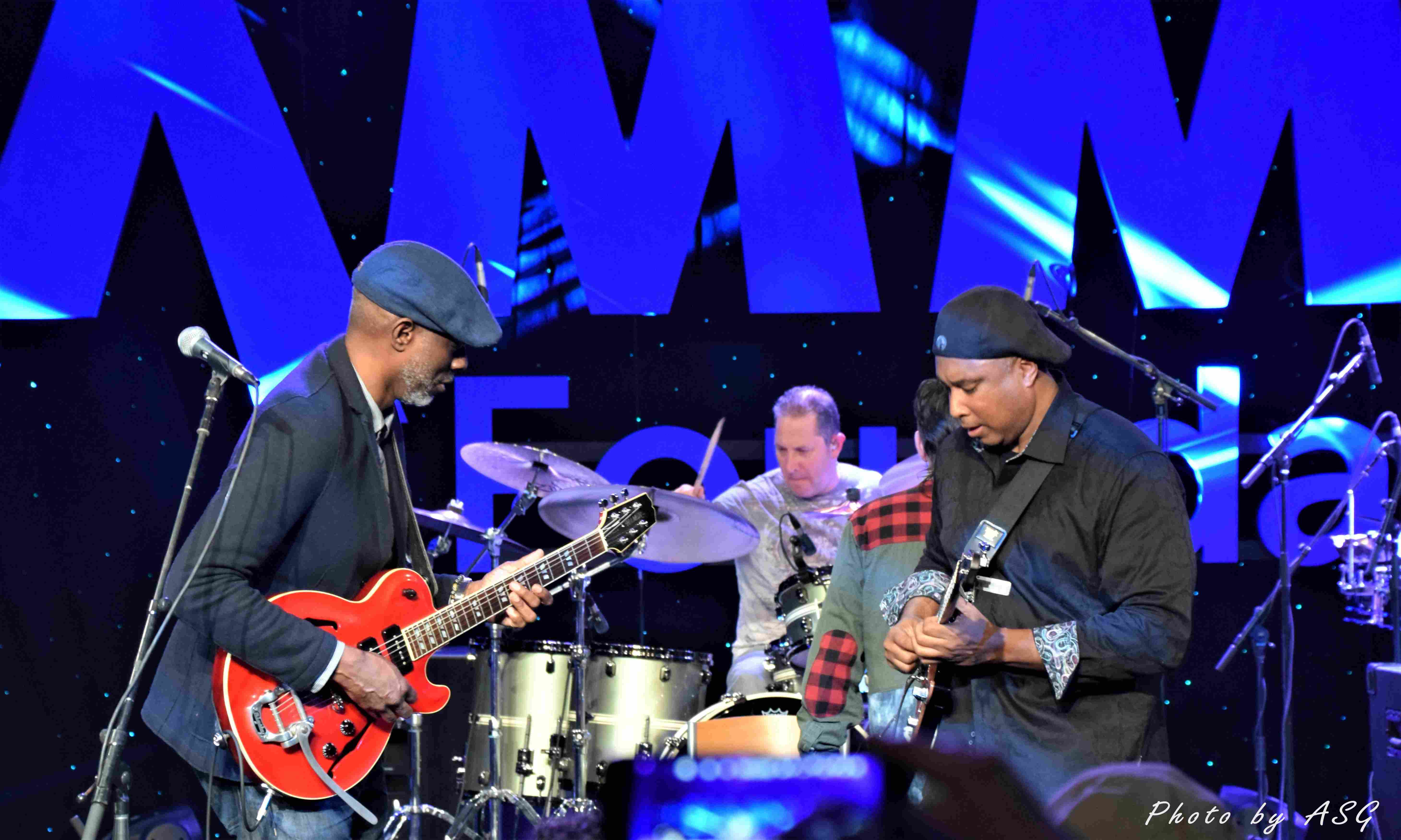 Keb' Mo & Bernie Williams